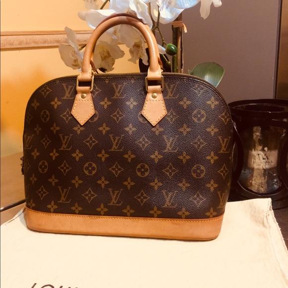 d86b10b88c4c Louis Vuitton Handbags - Louis Vuitton Alma PM Monogram Canvas